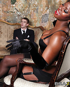 King Danny D has a problem. Try as he might, his cock isn't up to par when it comes to getting the job done. So his long-suffering wife enlists the help of Jasmine Webb to get to the bottom of his Majesty's psychosexual hangups. By the time she's done with him, the King's cock will truly go down in history as one of Britain's greatest heroes.
