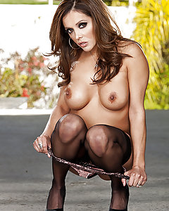 Francesca is house sitting at her friend's house for the week. Since she's home alone, she doesn't see the need to wear anything else then her seethrough lingerie. An appointment with the plumber was scheduled and Francesca agreed to help with that. Keiran, the plumber, regonize her right away and being a big fan of her, starts to have a big problem with his own pipe. Fortunately for him, Francesca has no problem getting down and dirty to help Keiran making his own pipes spic and span.