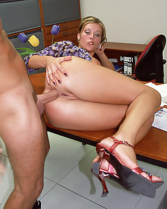 Horny secretary with big tits fucks her boss for a pay rise. Natural boobs are a treat for hungry mouths, natural big boobs are also a treat for your eyes. Grab a handful of delicious, natural tit meat free of artificial additives! Orgasmically organic!